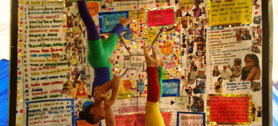 Foto: Espectáculo em comemoração ao Dia do Circo, Projeto Âncora (retirada do Facebook)